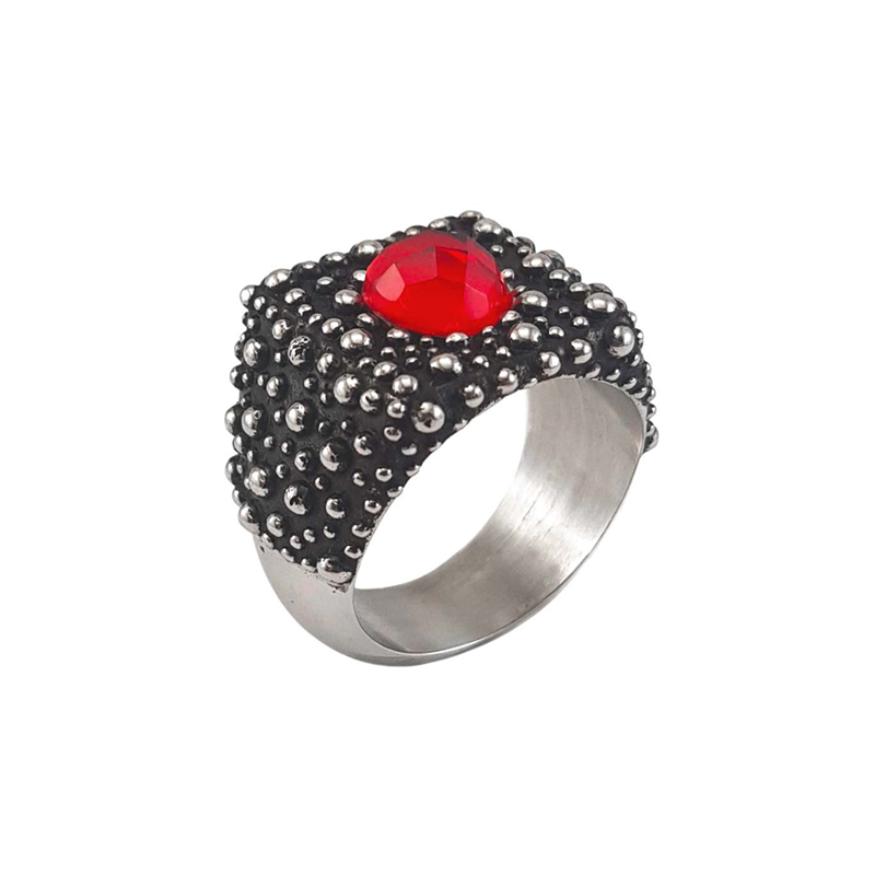 DOTTED-SQUARE-CENTRAL-RED-STONE-RING